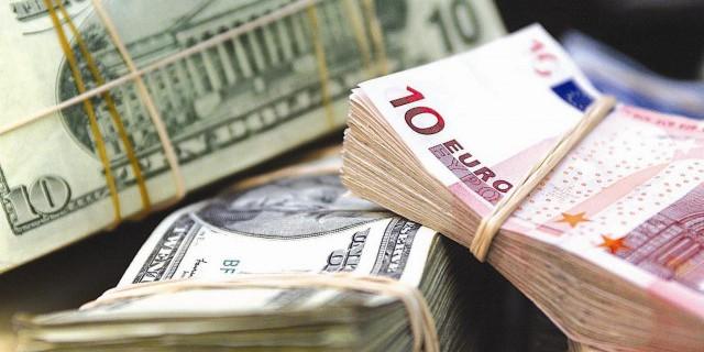 Рубль скатился до минимумов