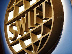 Европарламент угрожает отключением России от SWIFT