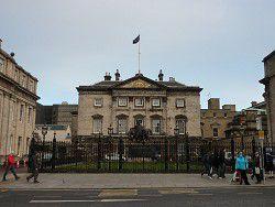 Банк Шотландии решил продать активы в России