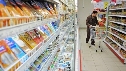 Казахстан временно запретил ввоз российских и киргизских продуктов