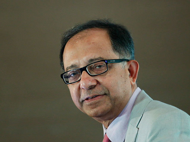 Главный экономист Всемирного банка просит ФРС отложить повышение ставки