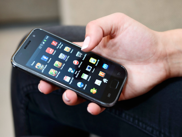 «Альфа-банк» пострадал от SMS-рассылки