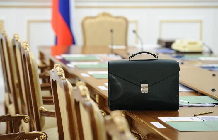 Российские чиновники теперь должны декларировать конфликт интересов