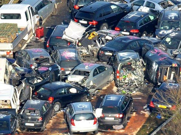 Почти 2,5 млн автомобилистов решили отказаться от ОСАГО или выбрали поддельные полисы