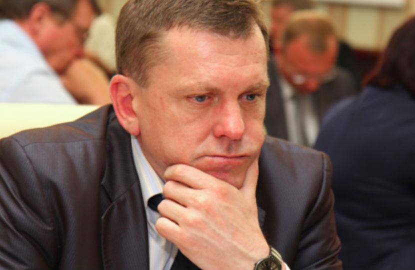 Министр финансов Крыма, глава Минпромполитики и председатель Заксобрания Севастополя подали в отставку