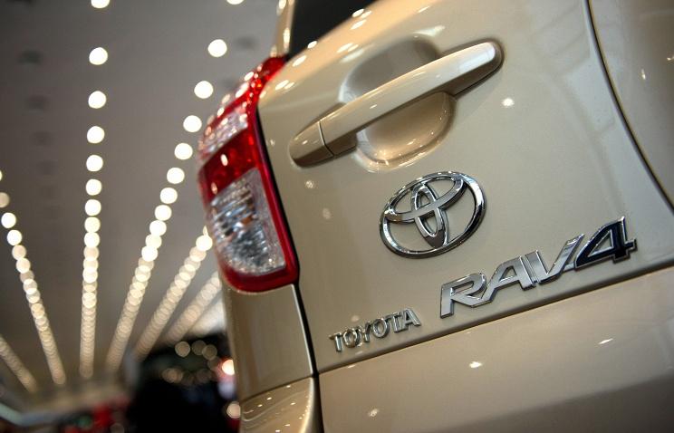 Сборка Toyota RAV4 в Петербурге начнется в августе 2016 года