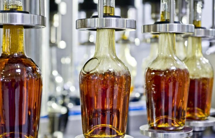 ЛДПР предложила ввести госмонополию на производство сахара, алкоголя и табака