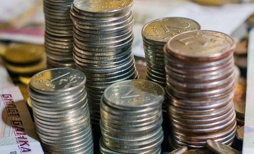 Рублевые вклады вновь обесцениваются