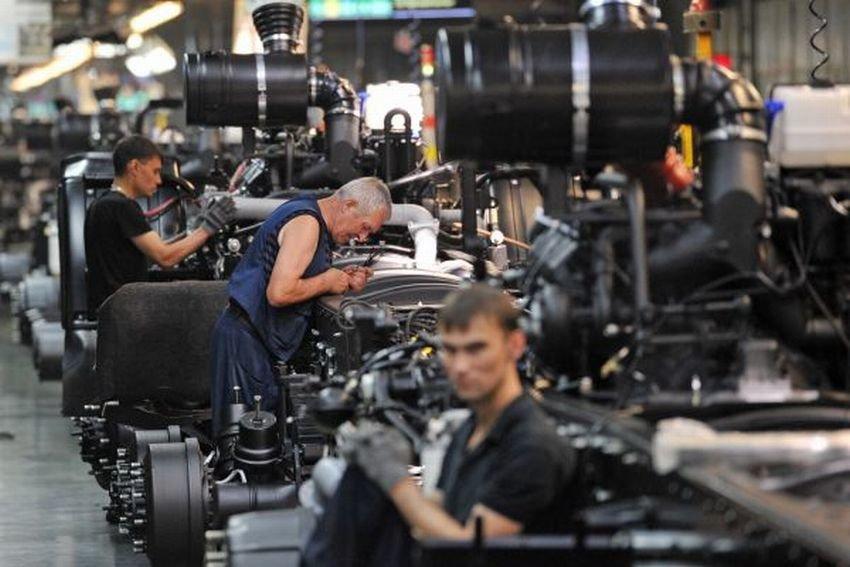 Российские автомобили подешевеют на семь процентов