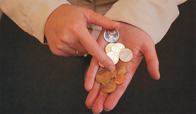 В России предложили заморозить рост зарплат