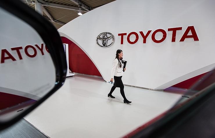 Toyota отзывает 1,43 млн авто по всему миру из-за неисправности подушек безопасности