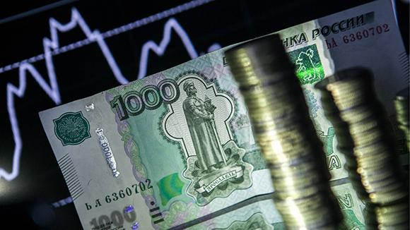 Центробанк счел рубль самой привлекательной валютой для сбережений