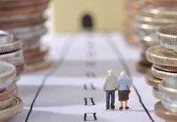 СМИ: стратегия ЦСР предполагает повышение пенсионного возраста с 2020 года