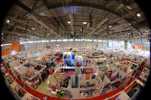 Минэкономразвития повысило прогноз по росту промпроизводства в РФ по итогам года