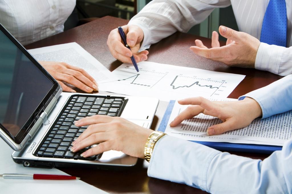 Рускобанк кредитовал неплатежеспособные компании и перед отзывом лицензии продавал активы
