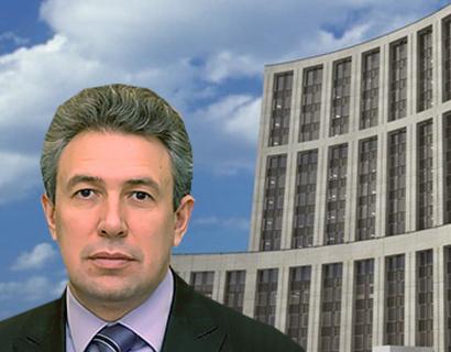 СМИ: экс-менеджеры ВЭБа пожаловались Медведеву на увольнения и невыплату вознаграждений