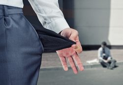 Банкам не придется просить согласия заемщика при продаже долгов
