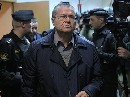 СМИ узнали о готовности Путина отпустить Улюкаева