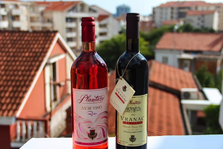 Россиянам запретили пить вино из Черногории