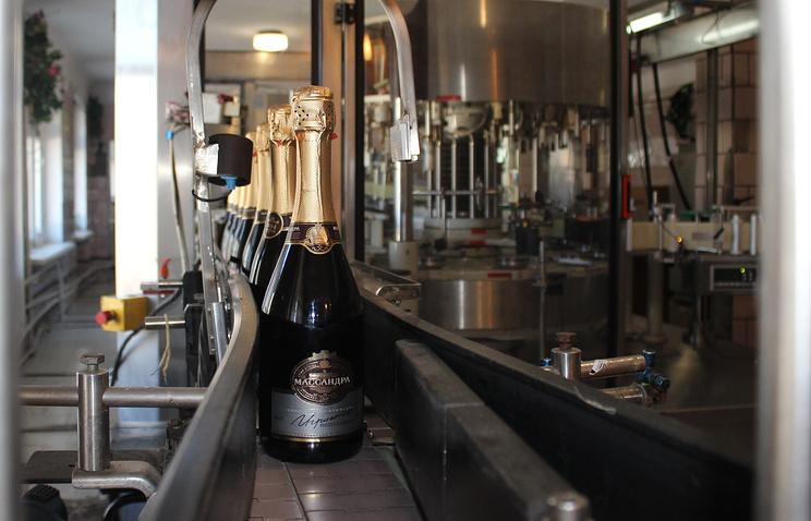 В Крыму начали выпускать шампанское под маркой «Массандры»