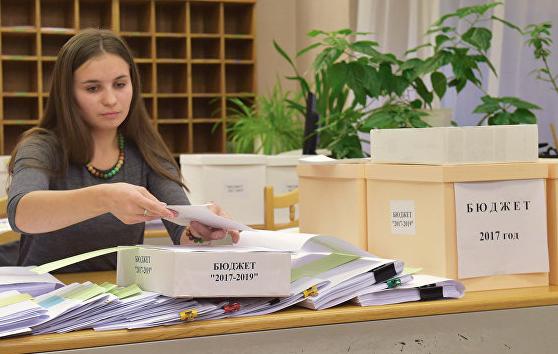 Госдума приняла в первом чтении проект о новом бюджетном правиле