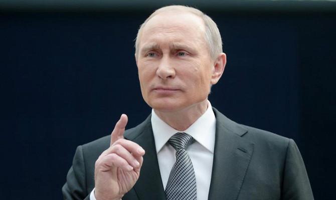Путин поручил правительству создать механизм санации страховщиков