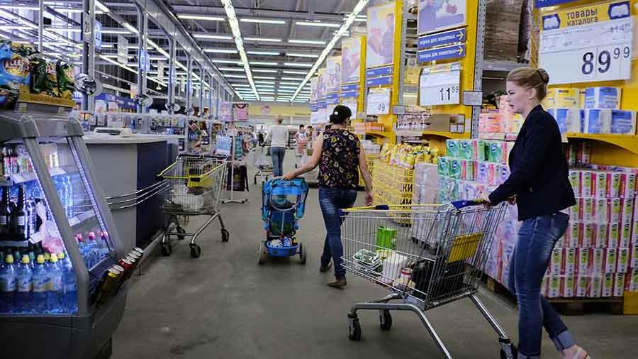 Исследование: россияне стали больше тратить денег