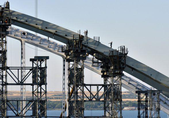 Формирование свайных фундаментов Крымского моста завершено