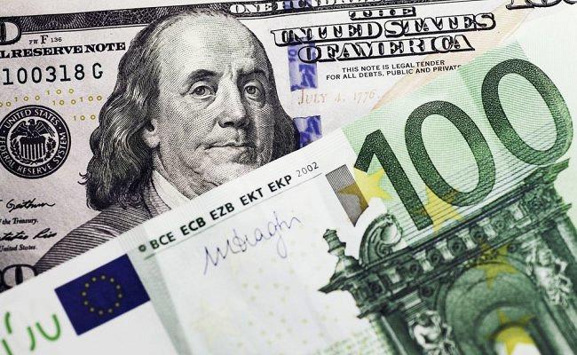«Санкт-Петербург» вышел из капитала банка «Возрождение»