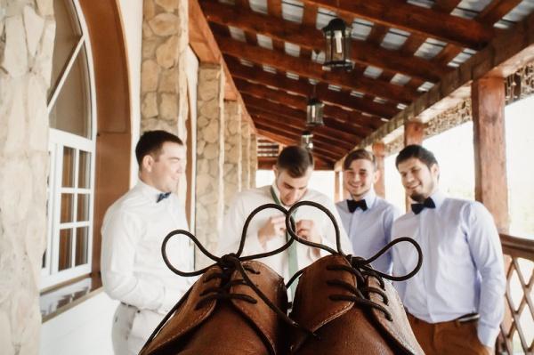 Как должен вести себя жених на свадьбе?