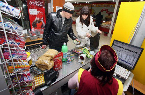 Масштабный сбой касс в России лишил магазины миллиардов
