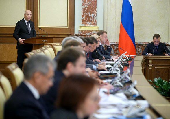 Силуанов: Дефицит бюджета РФ в 2017 году не превысит 2% ВВП