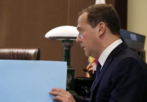 Медведев сообщил о нехватке рабочей силы в РФ