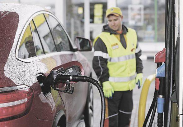 Ведомство готовит пакет мер, призванных решить проблему массового недолива бензина на АЗС