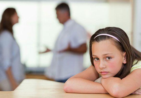 Мама и папа разводятся: как сказать ребенку