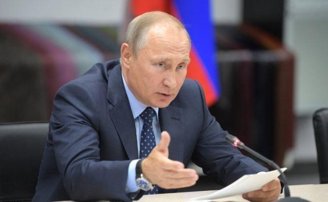 Путин считает, что РФ может помочь Венесуэле выйти из кризиса