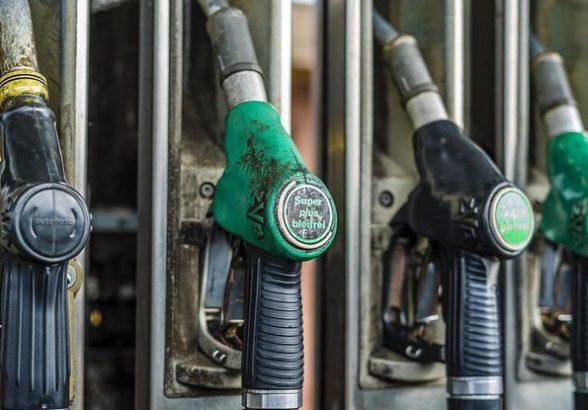 Газ для машин дорожает в четыре раза быстрее бензина
