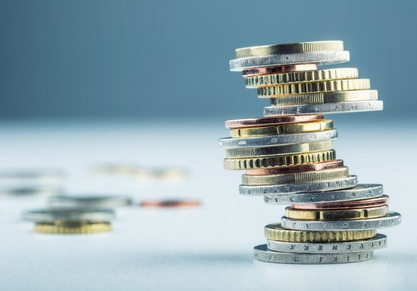 Курсу рубля предстоит большое испытание на прочность
