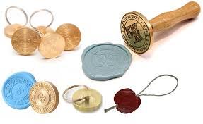 В каких отраслях и для какой цели применяются металлические печати