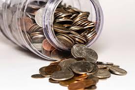 В какой банк можно вложить деньги под проценты?