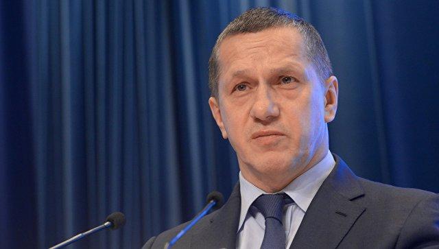 Трутнев поручил распространить преференции ДФО на два новых региона