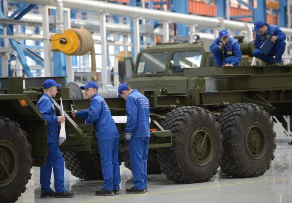 РФ вышла на второе место по производству оружия