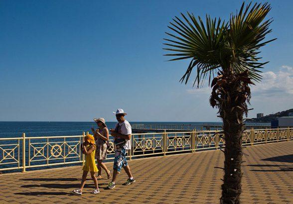Путин объяснил дороговизну ряда товаров в Крыму