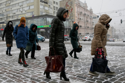 Количество россиян решили увеличить за счет мигрантов