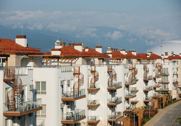 Квартира с терасой, бассейном и зоной отдыха на крыше дома в Сочи