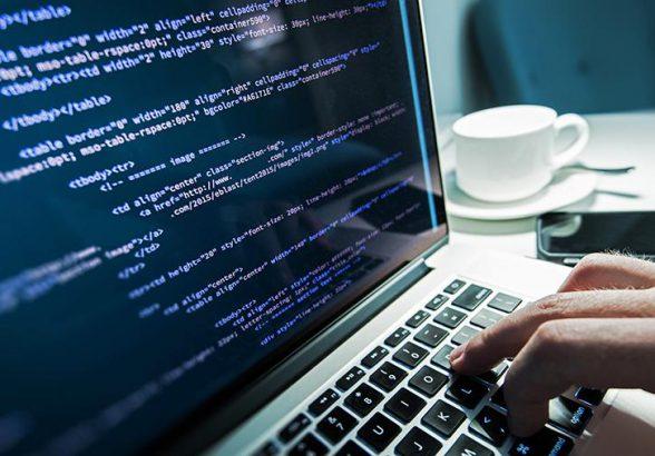 России предрекли нехватку IT-специалистов