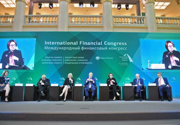 Госдума рассмотрит законопроект об обязательном сборе биометрии банками