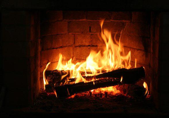 Почему все любят огонь в камине?