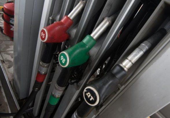 В РФ резко увеличился объем штрафов за некачественный бензин