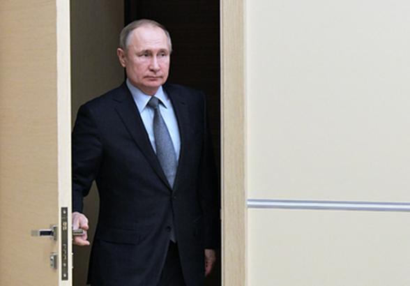 Financial Times перечислило сценарии сохранения власти у Путина после 2024 года